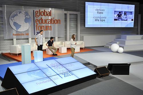 Los chicos de 4education en el GEF11. Foto: Global Education Forum